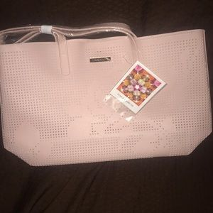 Vince Camuto tote 👜